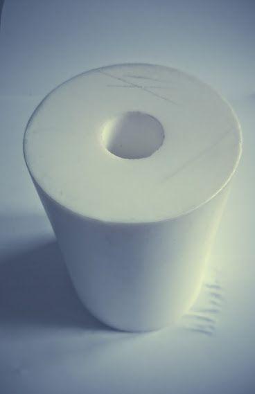 PA6, PA6G, APA, silon, PTFE silonové tyče a desky TEFLON PTFE TYČE KRUHOVÉ v délce 150mm pr. 100 mm vnitřní díra pr. 28mm provedení barva bílá plmont