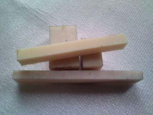 PA6 směs hranatých odřezků od tl. 20 do tl.40mm